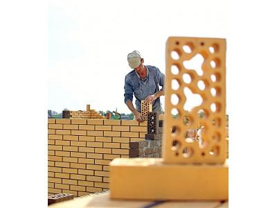 Переваги та недоліки цегляних конструкцій