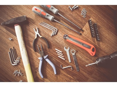 Ручные инструменты против электроинструментов: в чем разница